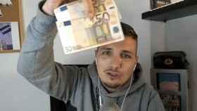 David Santos todavía no ha pagado los 100 euros