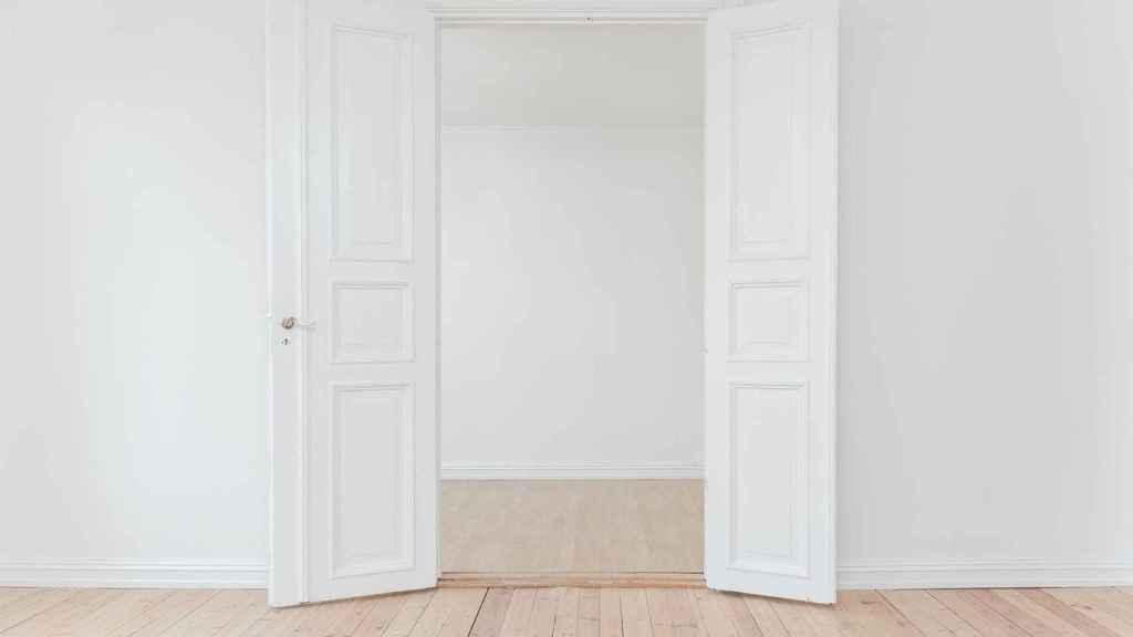 Consejos para limpiar paredes blancas