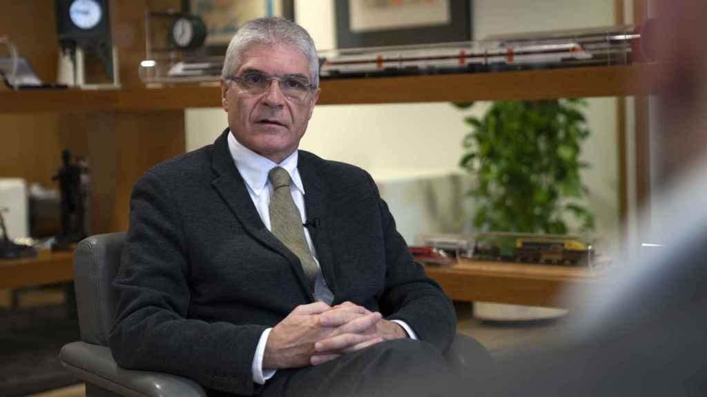 Isaías Táboas, presidente de Renfe en su despacho.