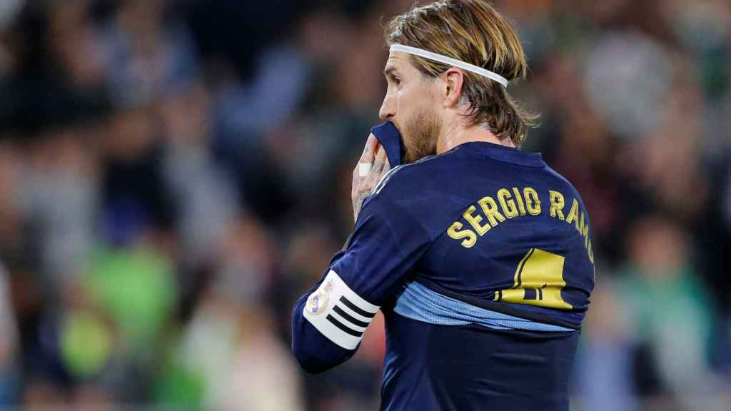 Sergio Ramos, durante un partido del Real Madrid con la equipación azul