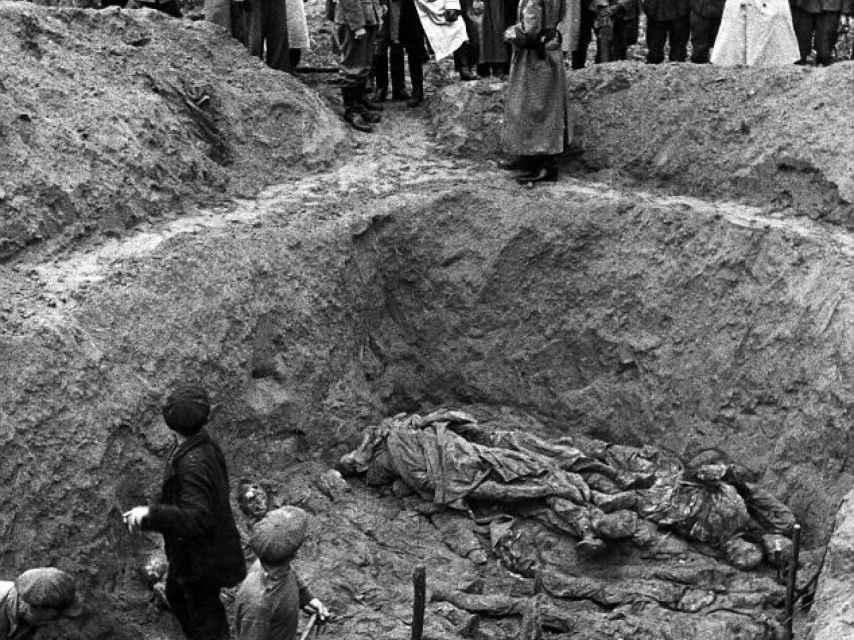 Más de 20.000 polacos fueron asesinados en Katyn.