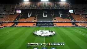 Los 22 protagonistas en el Valencia - Atalanta de la Champions League en un Mestalla vacío