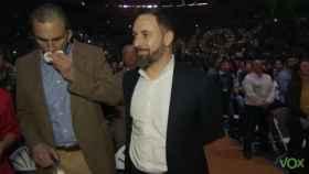 Javier Ortega Smith junto a Santiago Abascal este domingo en Vistalegre.