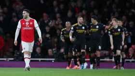 Los jugadores del Manchester City celebran un gol ante el Arsenal