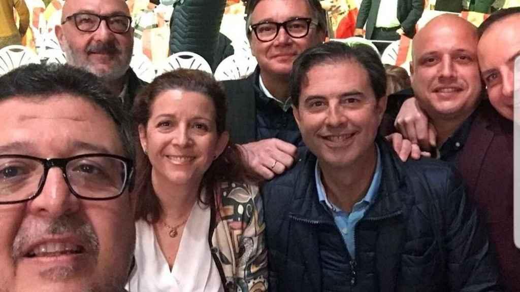 Algunos de los diputados de Vox Andalucía que acudieron a Vistalegre este domingo.