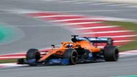 El McLaren de Carlos Sainz Jr, en los test de Barcelona en la pretemporada de 2020
