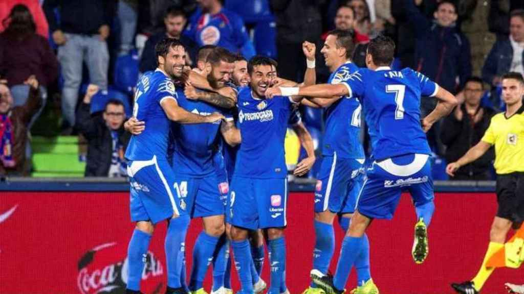 Los jugadores del Getafe celebrando un gol