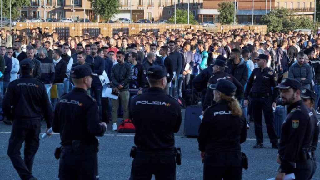 Alumnos pertenecientes a la Escala Básica en la escuela de Ávila.