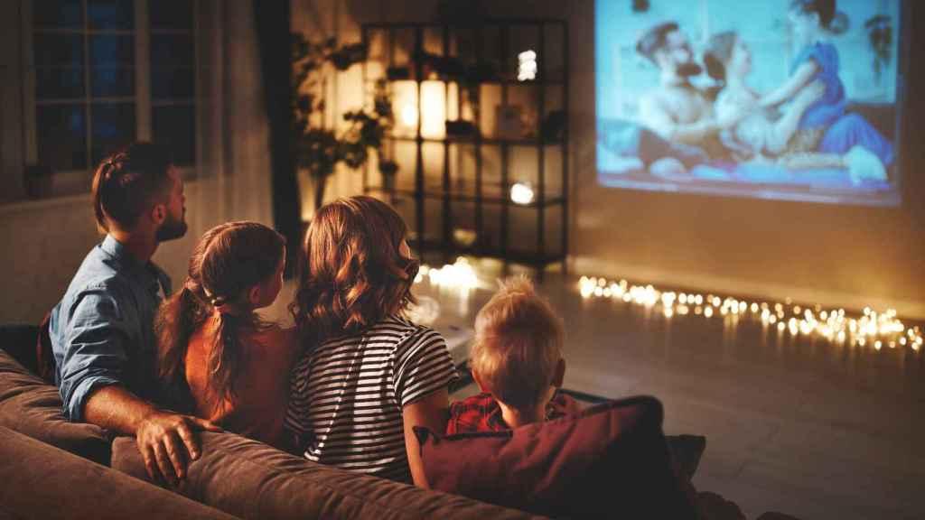 Cada vez más gente disfruta del cine en cassa