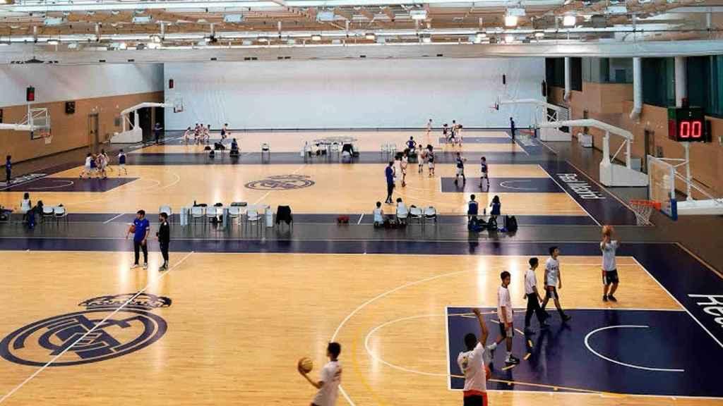 Pabellón de baloncesto de la Ciudad Real Madrid en Valdebebas