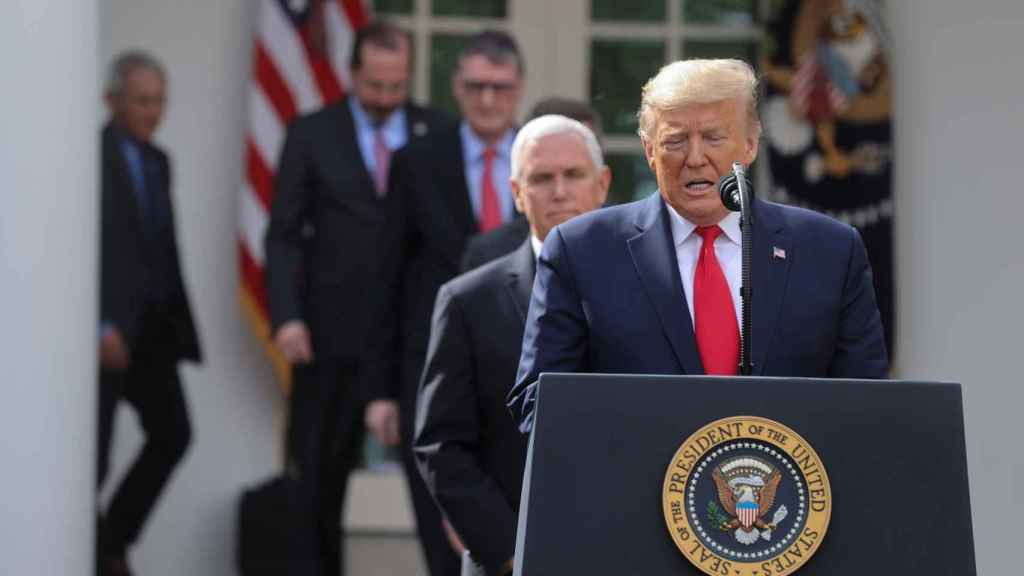 Donald Trump, presidente de los EEUU, declara el estado de emergencia en los EEUU.