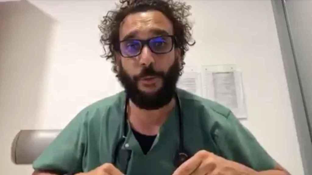 El médico granadino Jesús Candel, apodado 'Spiriman'.