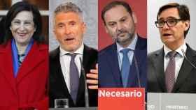 Los ministros de Defensa, Robles; Interior, Marlaska; Transportes, Ábalos, y Sanidad, Illa, autoridades competentes durante el estado de alarma.