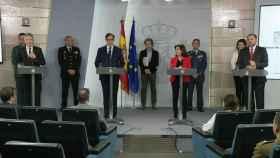 Fernando Grande-Marlaska (Interior), Salvador Illa (Sanidad), Margarita Robles (Defensa) y José Luis Ábalos (Transportes), en la rueda de prensa.