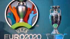 El trofeo de la Eurocopa 2020