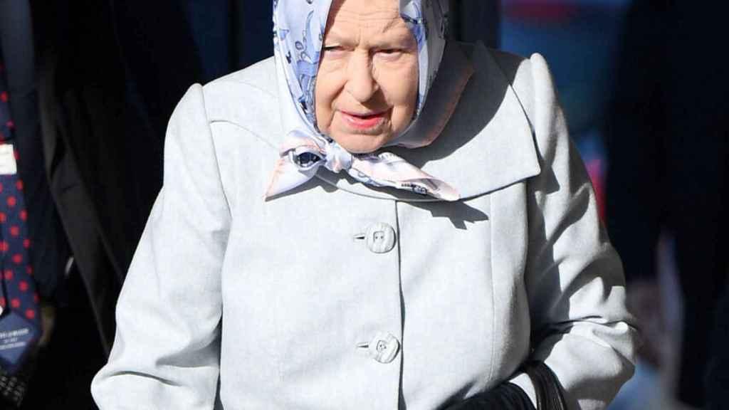 La Reina ha suspendido todos sus actos públicos por precaución ante la pandemia.