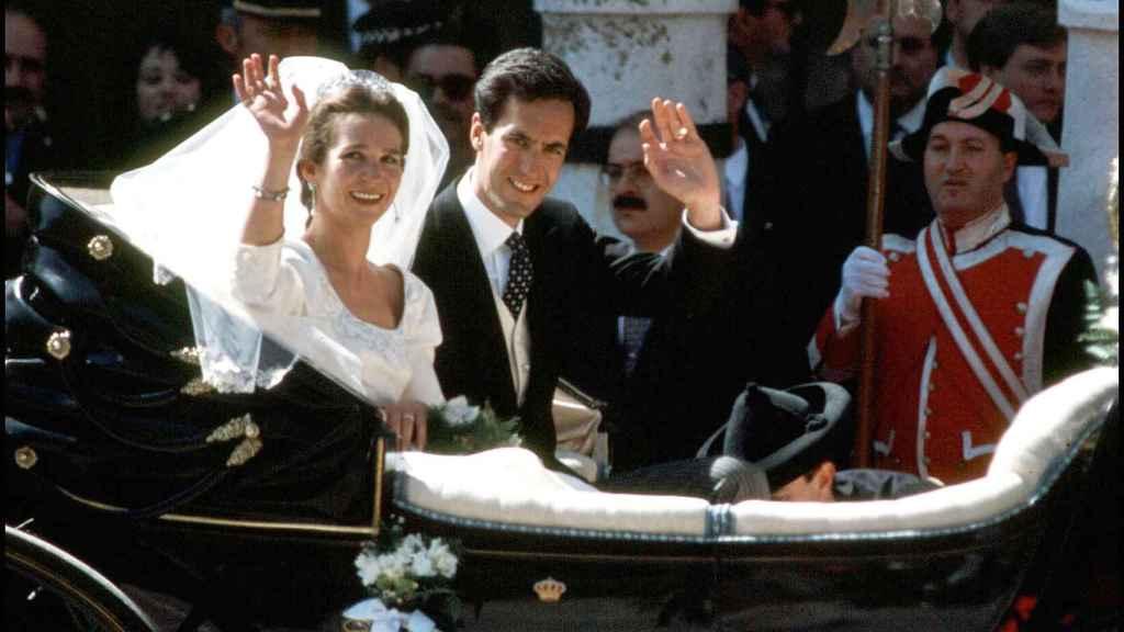 La infanta Elena y Jaime de Marichalar en su boda.