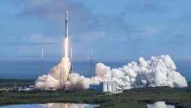 El Falcon 9 de SpaceX despega con 60 satélites de Starlink