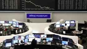 Las gestoras añaden riesgo a su nueva oferta de fondos en pleno 'crash' del mercado