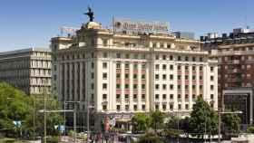 El Gobierno impone el cierre de todos los hoteles en el plazo de una semana