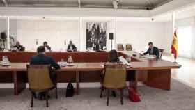 Pedro Sánchez en la reunión con el Comité de Expertos del Covid-19.