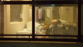 Sala de espera habilitada para los pacientes por coronavirus en el Gregorio Marañón.