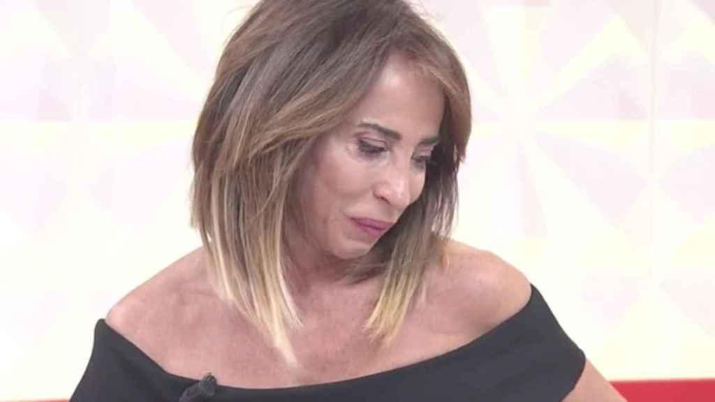 María Patiño se ha emocionado en 'Socialité'.