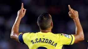 Santi Cazorla, centrocampista del Villarreal, celebra un gol con su equipo en La Liga