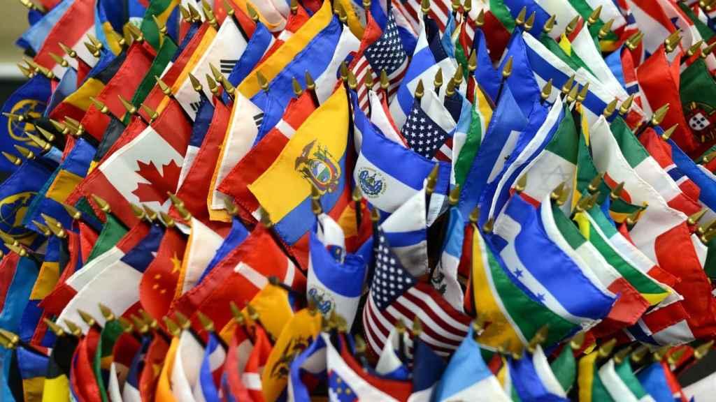 Banderas de diferentes países del mundo.