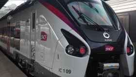 Tren de la compañía ferroviaria pública francesa SNCF.