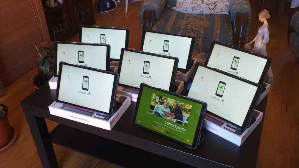 Tablets con la app ConectYayos