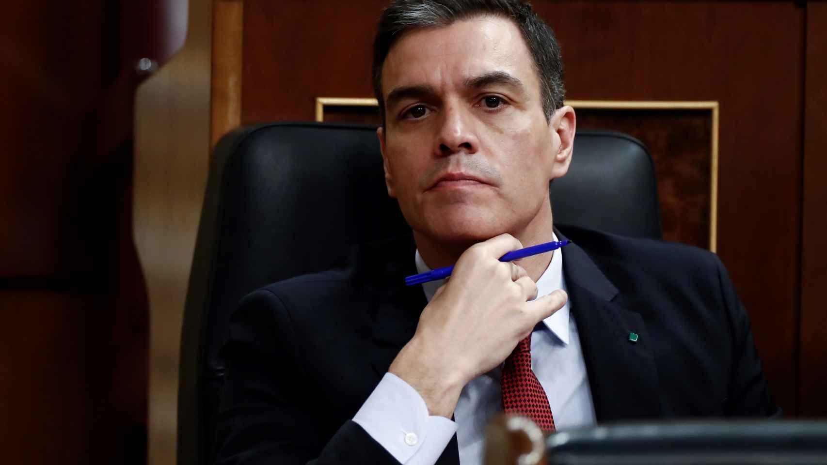 Pedro Sánchez, presidente del Gobierno, en su escaño en el Congreso de los Diputados.