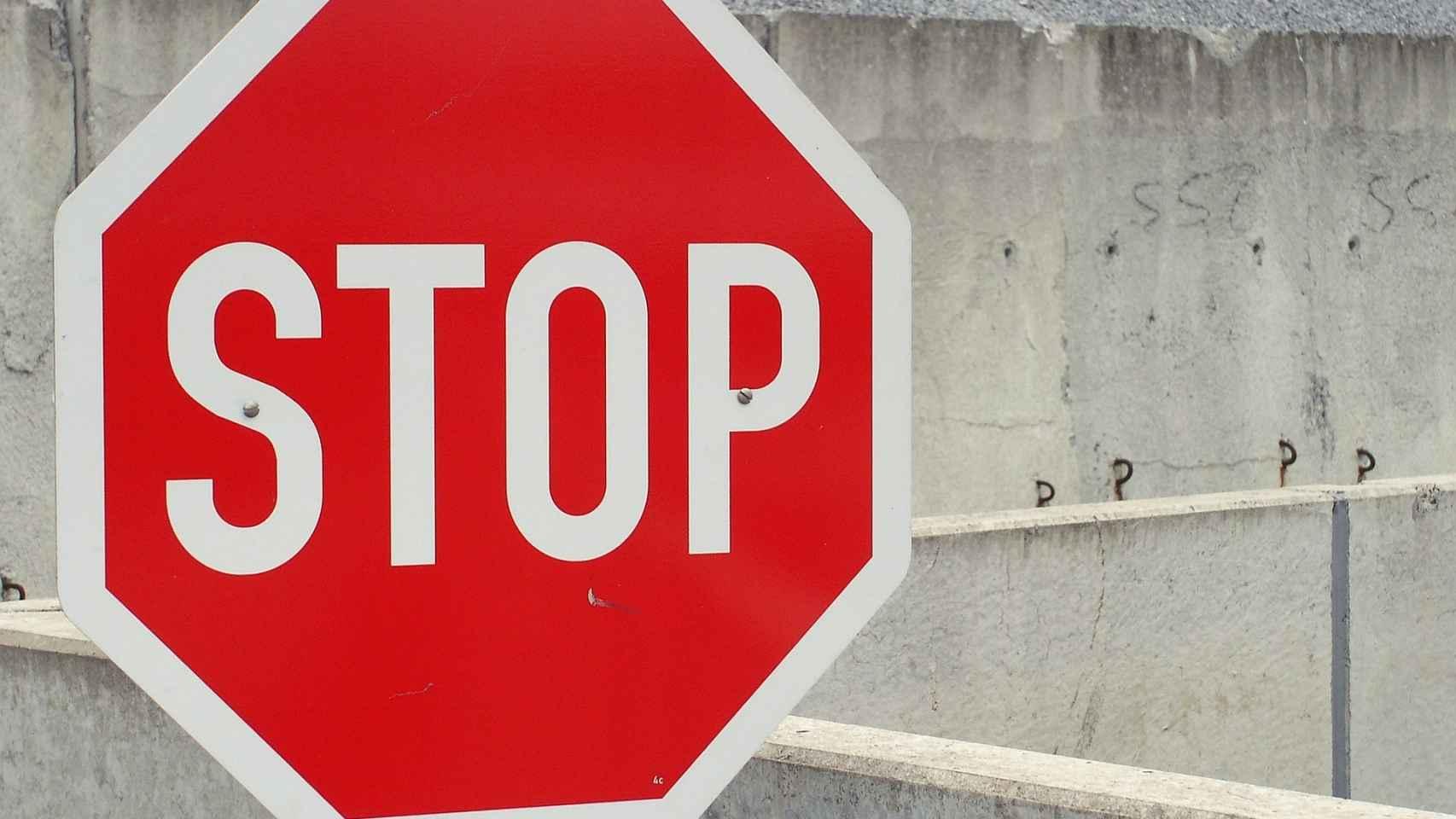 Una señal de 'stop' en una imagen de archivo.