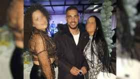 José 'El Paletas' de fiesta con dos mujeres después de haber recuperado la libertad.