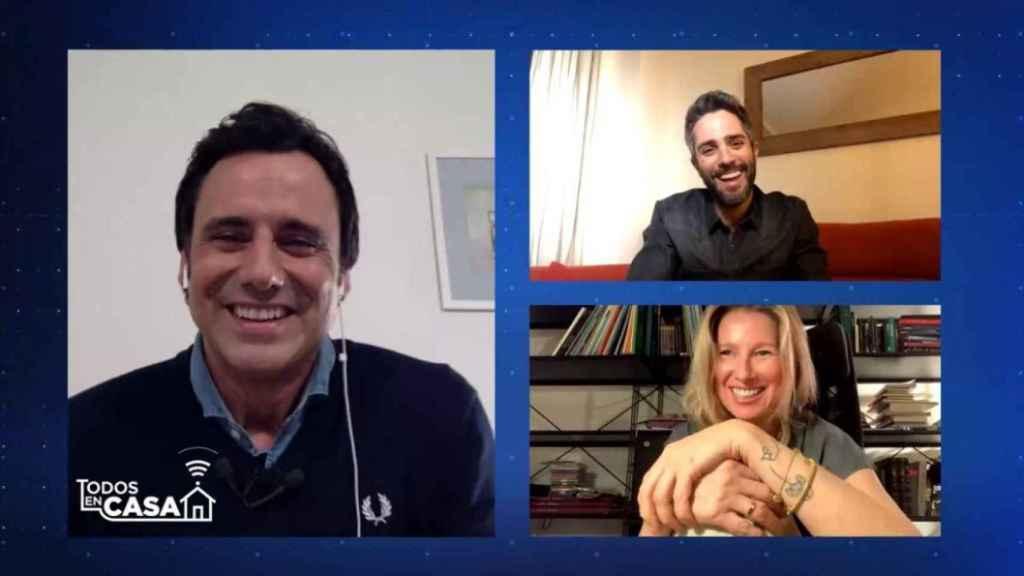Ion Aramendi, Roberto Leal y Anne Igartiburu en el programa 'Todos en casa'.