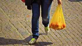 El estado de Nueva York ha pospuesto la aplicación de la prohibición de las bolsas de plástico hasta junio.