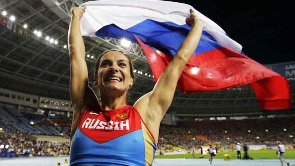 Yelena Isinbayeva, durante una competición