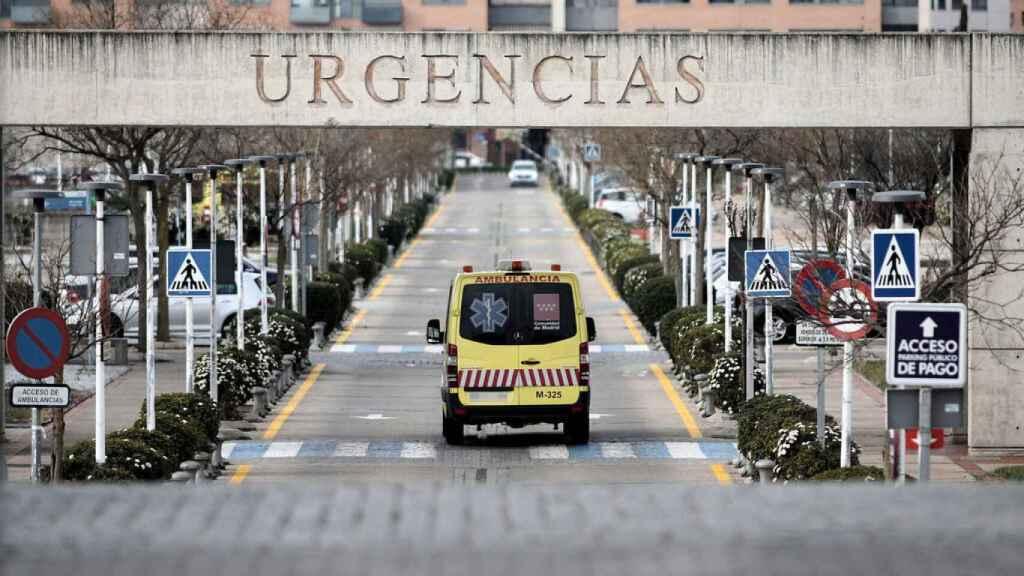 Los centros privados pasan a ser servicios esenciales bajo el control de Sanidad