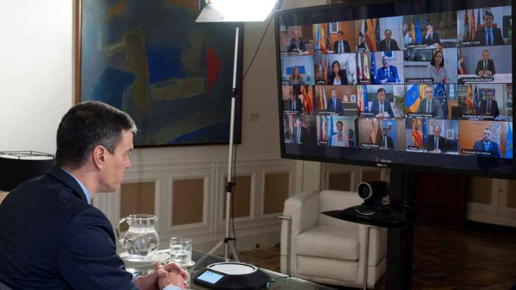 Pedro Sánchez en videoconferencia de presidentes.
