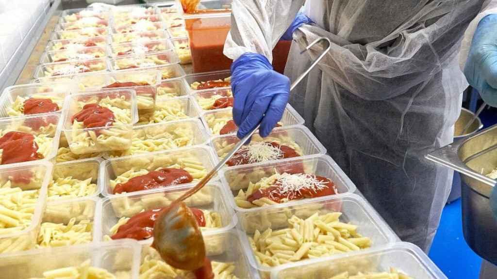 La ONG del chef José Andrés ayuda a combatir la crisis del coronavirus en España