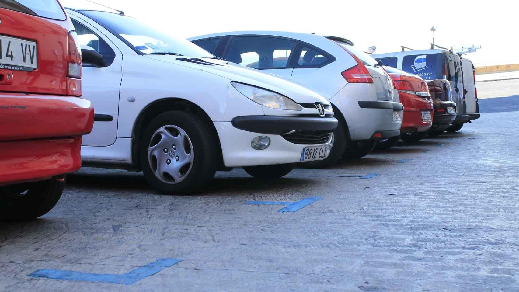 Imagen de vehículos aparcados.