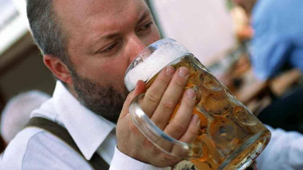 Los daños que provoca el alcohol se acumulan con la edad.
