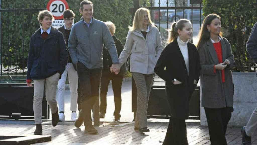 Iñaki Urdanarin y la infanta Cristina, en un permiso de salida./