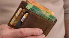 Los bancos toman la delantera al Gobierno en la moratoria sobre los créditos al consumo