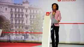 Ana Botín, presidenta del Banco Santander, durante la junta de accionistas 2020.