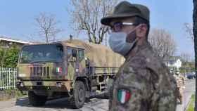 Militares en Bérgamo, epicentro del coronavirus en Italia.