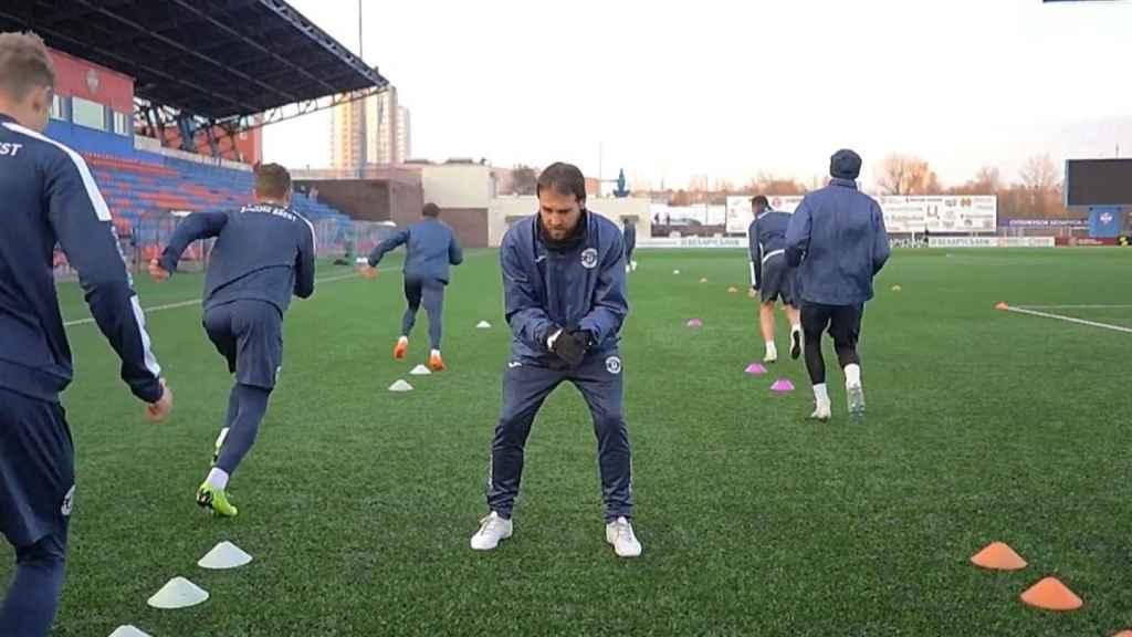 Fran Balaguer, entrenando con el Dinamo Brest