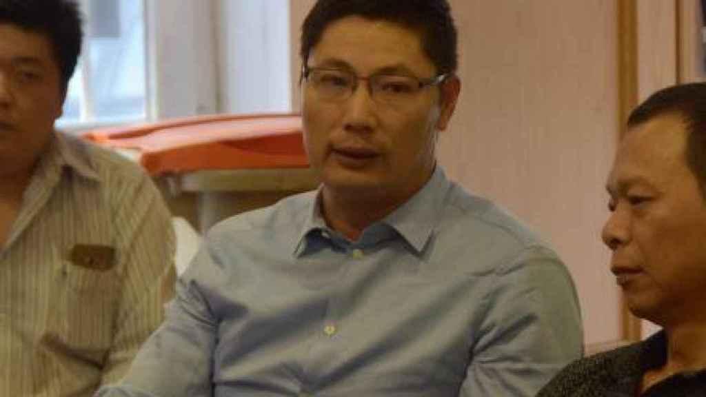 Chen Shengli en una reunión.