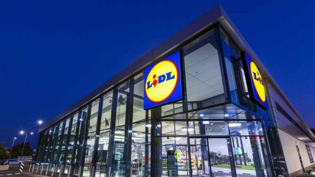 Imagen del exterior de un supermercado Lidl.