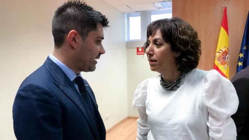 David Aganzo e Irene Lozano, después de una reunión